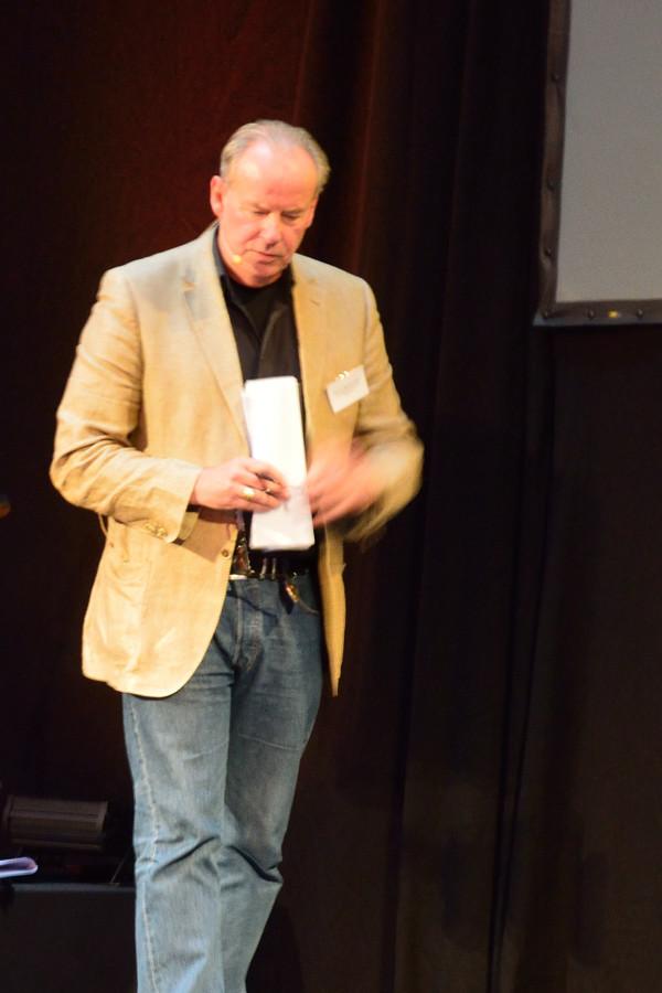 Reflexion im Vollzug: Prof.Dr.habil Manfred Fassler (Goethe Universität)